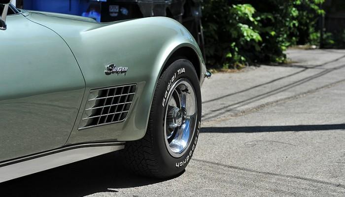 1972ChevyCorvette-10