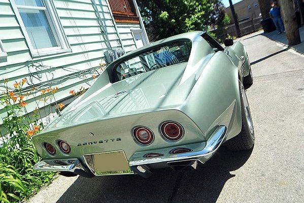 1972ChevyCorvette-7