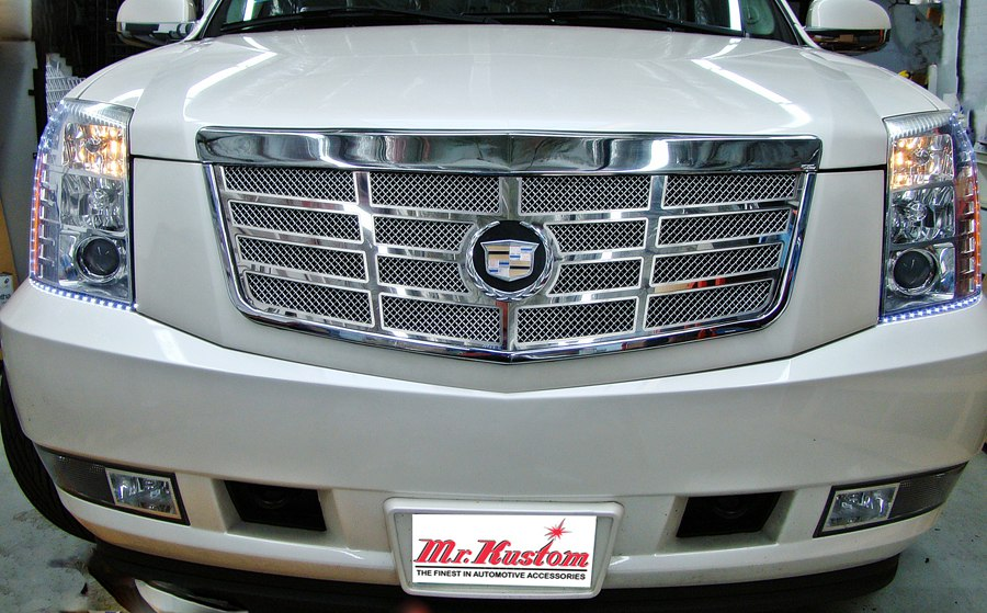 2007 CADILLAC ESCALADE E&G CLASSICS GRILLE AND ORACLE LED STRIP