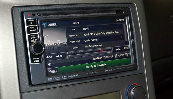 2007ChevyCorvetteRedKenwood5190Radio