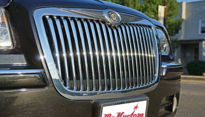 2010 Chrysler 300C Hemi Chrome Vertical Grille