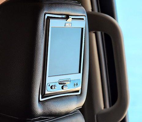 2011-Cadillac-Escalade-12
