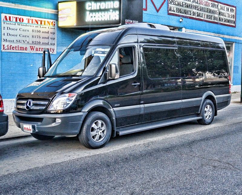 Portfolio mr kustom chicago custom cars auto accessories for Mercedes benz party bus