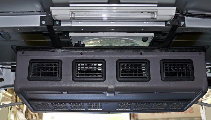 2012MercedesSprinterVanRearAirConditioner