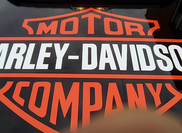 2011 Ford F-150 Harley Davidson Edition Vinyl Decal on Fiberglass Tonneau Lid – Mr. Kustom Chicago