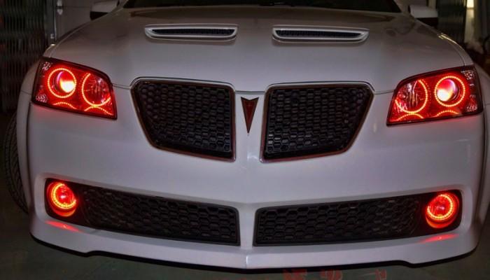 2009 Pontiac G8 Red Halo Headlights