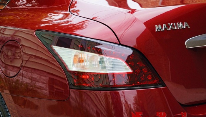 2010 Maxima Smoked Tail Lights Chicago