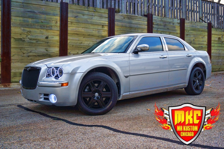 2005 Chrysler 300 Custom Black Rims