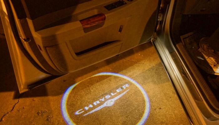 2005 Chrysler 300 Door Projector Lights