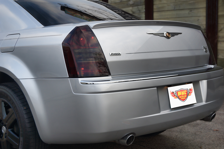 2005 Chrysler 300 Smoked Headlights and Tail Lights