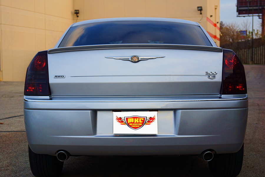 2005 Chrysler 300 Spoiler and Smoked Tail Lights
