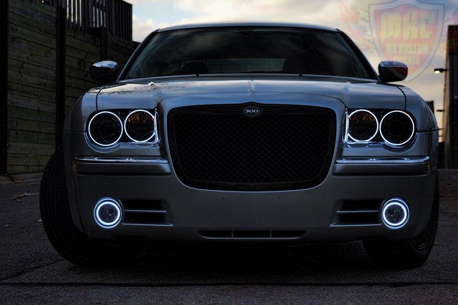 2005 Chrysler 300 White Halo Rings Smoked Headlights