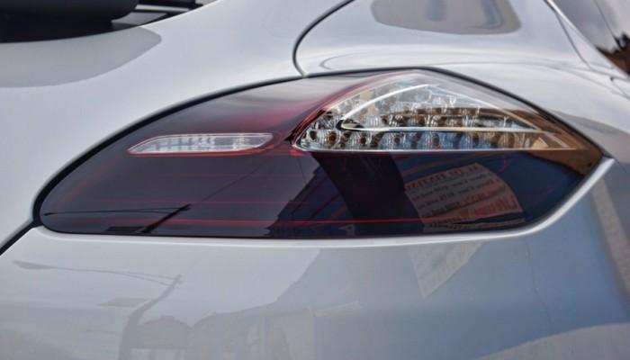2010 Porsche Panamera Smoked Tail Light