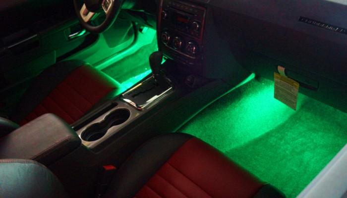 2013 Dodge Challenger Green Interior Footwell Lights