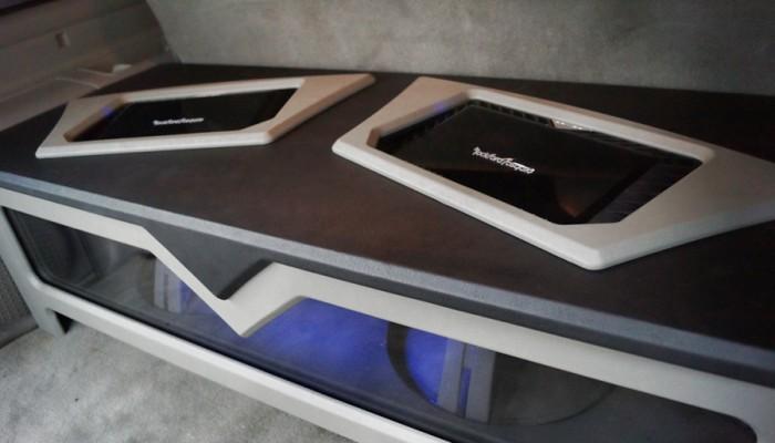 2004 Cadillac Escalade Custom Car Audio Sound System