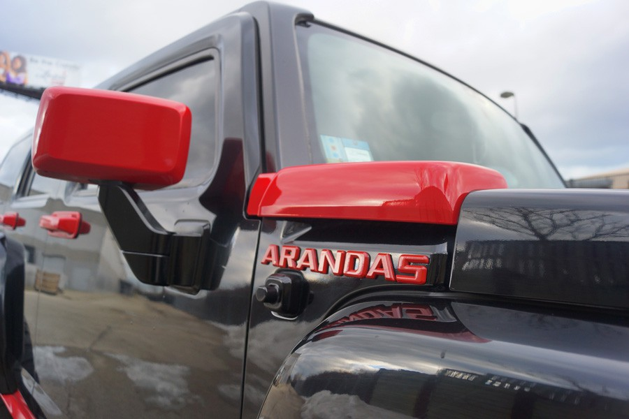 Hummer H3 Arandas Tires Painted Red Trim Mirror