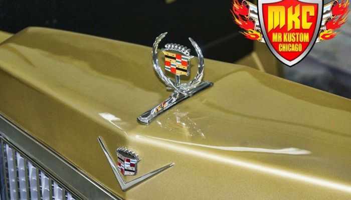 1975 Cadillac Deville Cadillac Hood Emblem