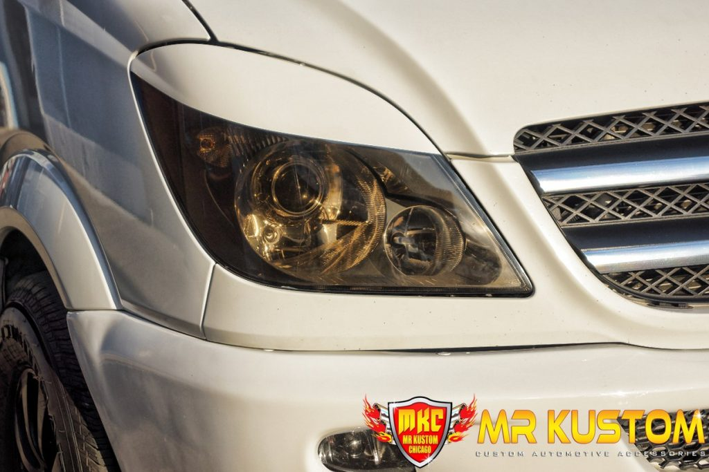 2010 Mercedes Sprinter Smoked Headlight