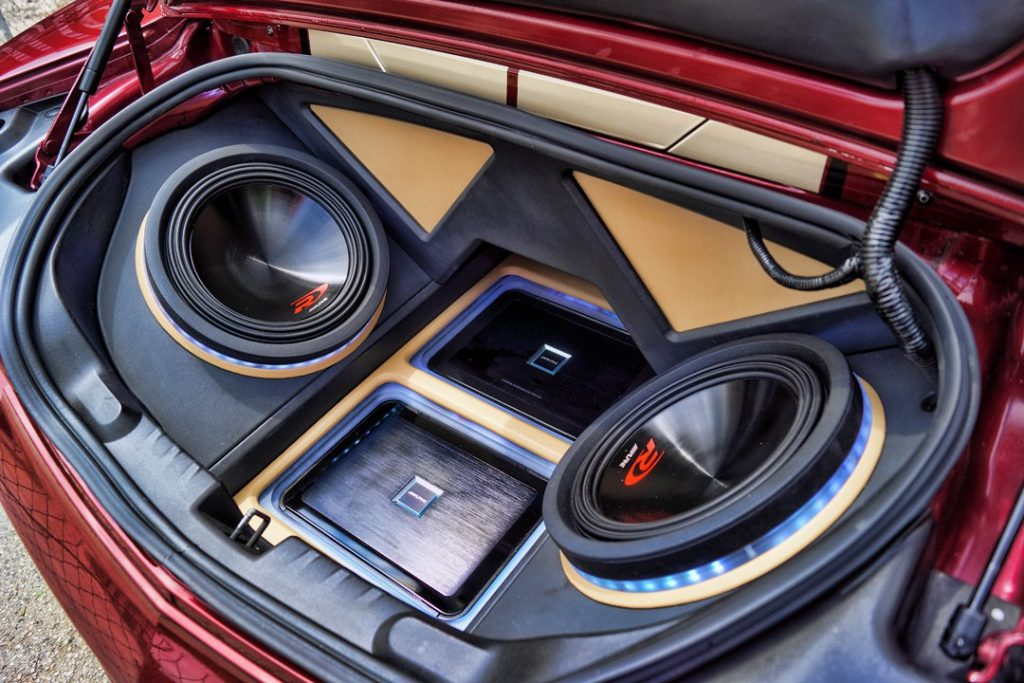 2011 Camaro SS Custom Sub Enclosure Sound System