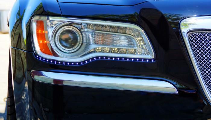 Chrysler 300 Angel Eyes Lights