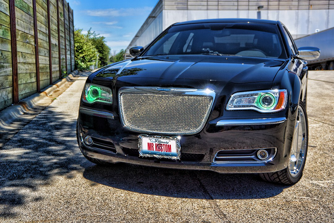 Multi Color Halos Chrysler 300 With Iphone And Android