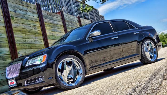 Custom Chrysler 300 Halos