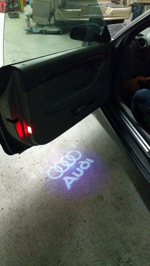 audi-door-projector