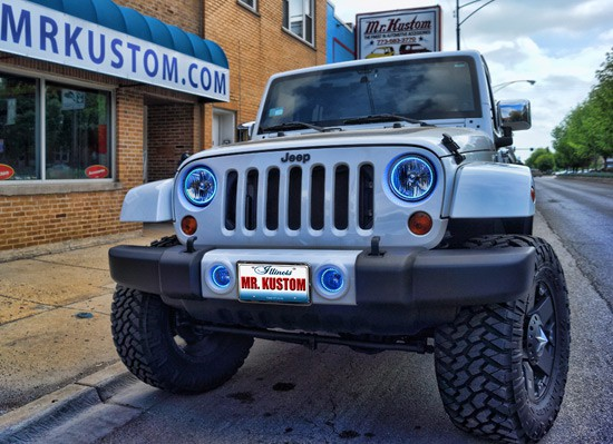 Jeep-Wrangler-Oracle-Halo-Lights-Blue-Chicago