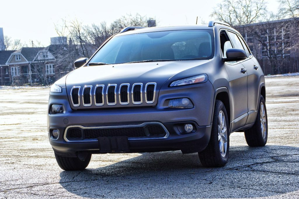 Gray Vinyl Car Wrap Jeep Grand Cherokee