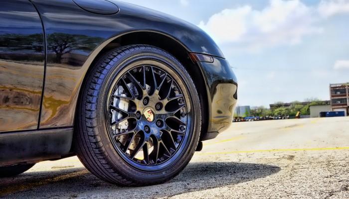 Black Powder Coated Rim Porsche 911