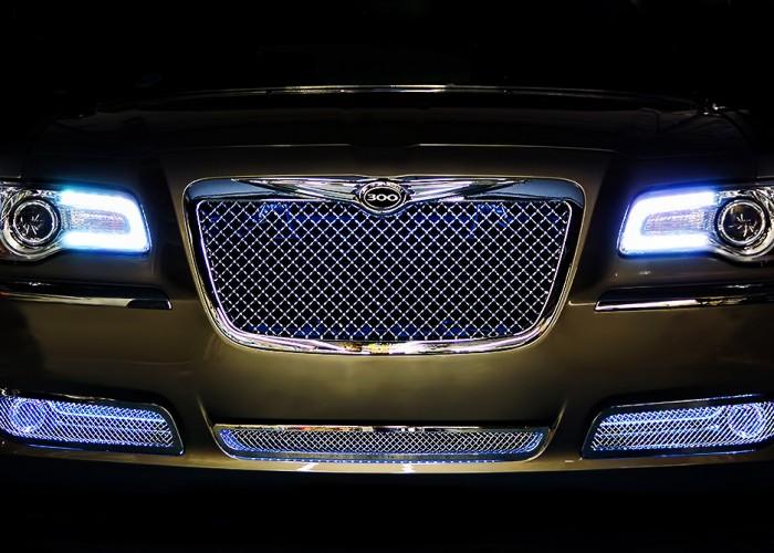 Chrysler 300 Halos
