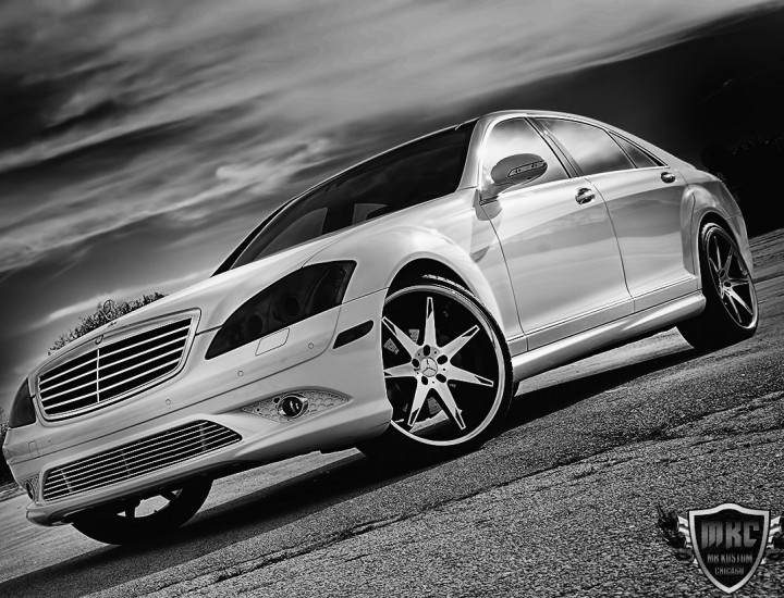 Custom Mercedes Benz S550 Grille – Smoked Lights