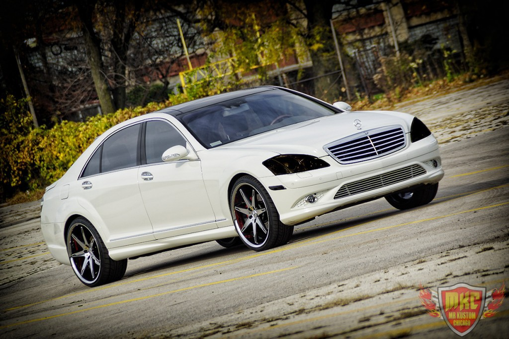 Custom mercedes benz s550 grille smoked lights for Mercedes benz grills