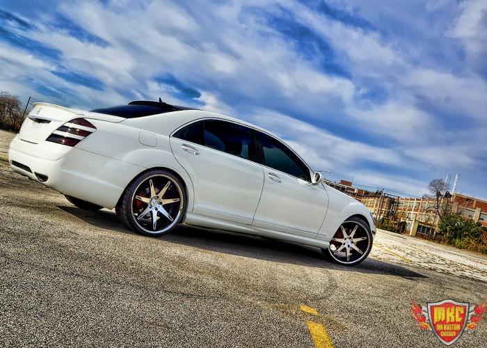 White Custom Mercedes Benz S550