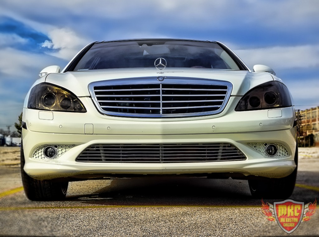 Custom mercedes benz s550 grille smoked lights for Mercedes benz grille