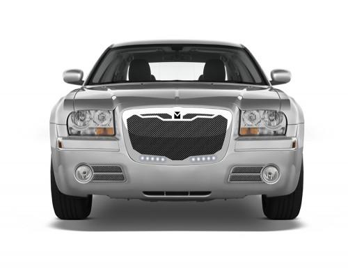Macaro Lower bumper grille for 2004-2010 Chrysler 300 fits 300C models (Triple Chrome finish)